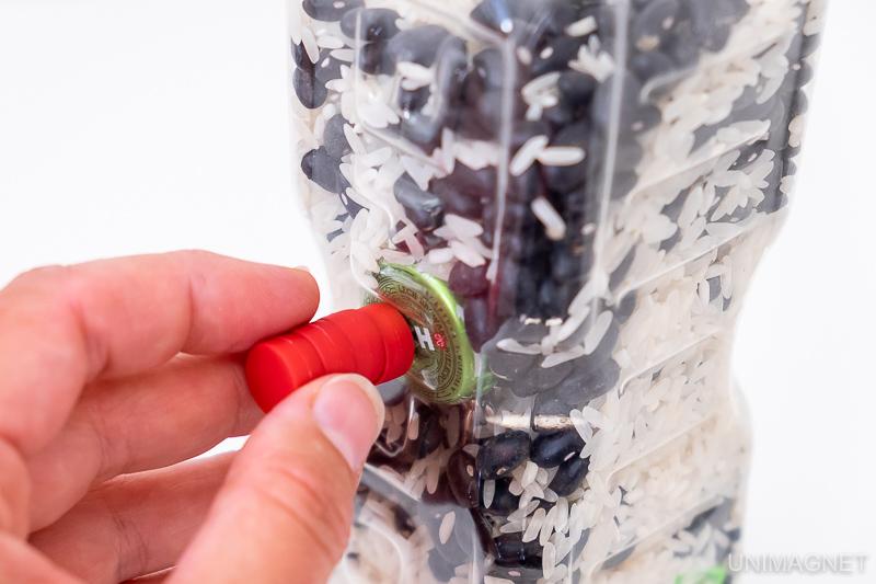 Děti a magnety 1 – Hledejte magnetické poklady v lahvi
