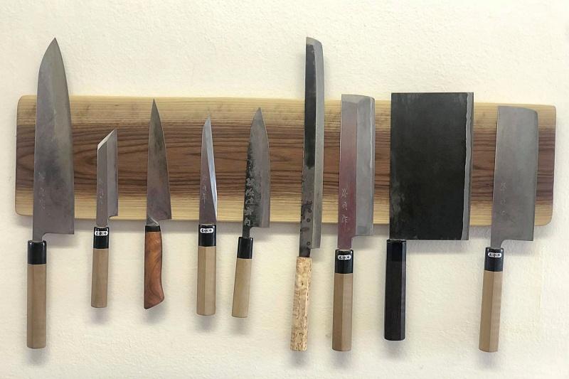 Tipy našich zákazníků: Dřevěný magnetický držák najaponské nože
